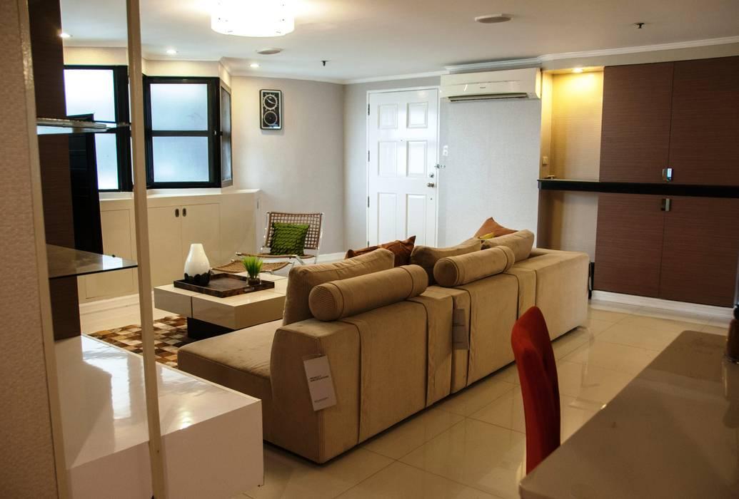 Phoenix Heights Condominium, Pasig D3ID Design and Build Living room MDF Brown