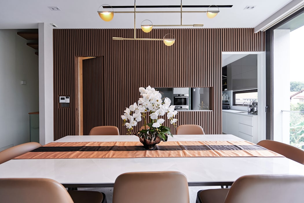Mr Shopper Studio | Landed Property | Cayman Residence | Dining Room Modern dining room by Mr Shopper Studio Pte Ltd Modern Wood Wood effect