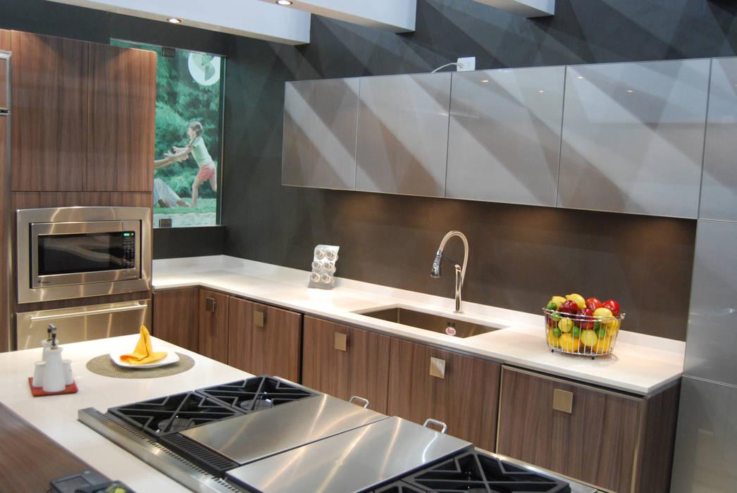 Cocinas Ferreti, Modulform Вбудовані кухні Дерево-пластичний композит Дерев'яні