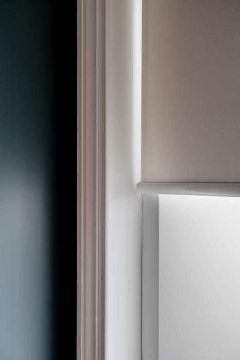 Cadorna Finestre & Porte in stile moderno di Filippo Ferrarese Photo Moderno