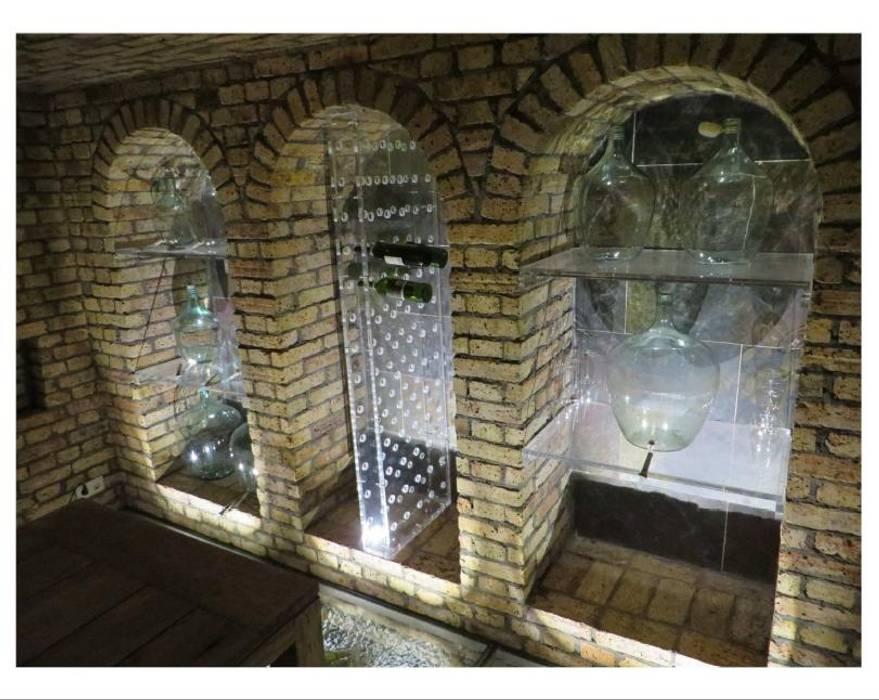 Kleiner Weinkeller Rustikale Weinkeller von Antik-Stein Rustikal