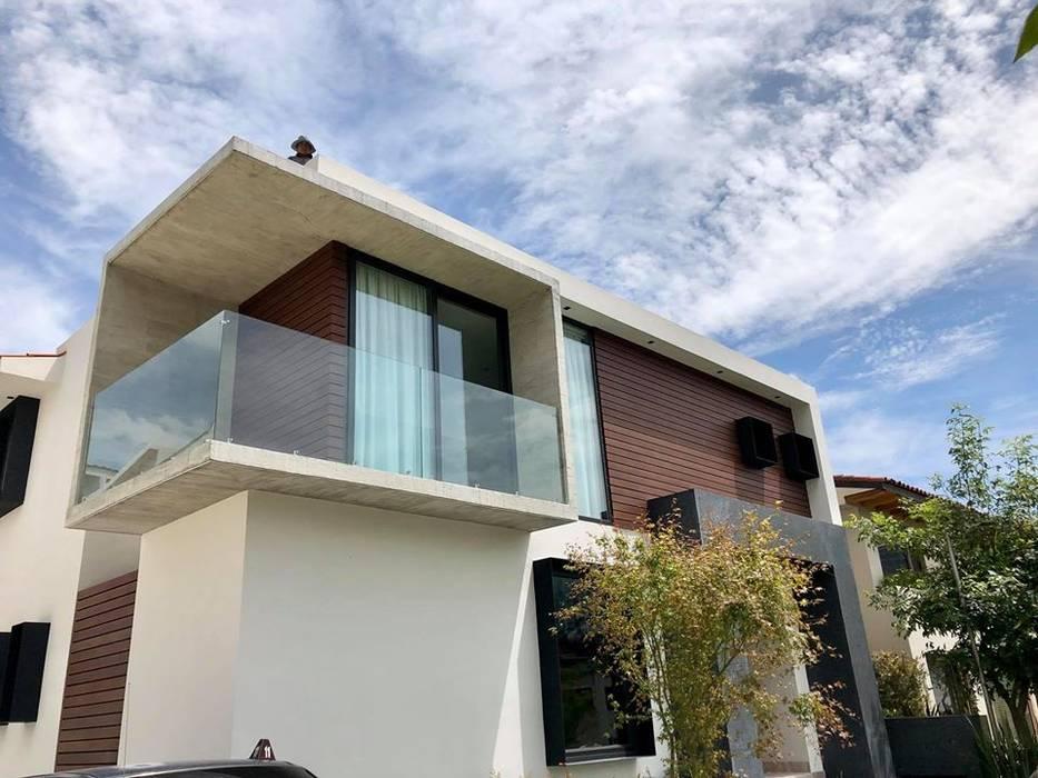 Detalle de Fachada Meza Valle Constructora Casas prefabricadas Madera Blanco