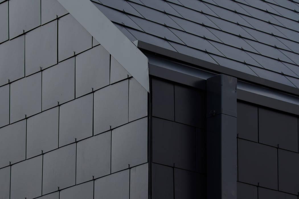 Einfamilienhaus in Baesweiler - Fassadenplatten Cedral Deutschland Satteldach Schiefer Schwarz