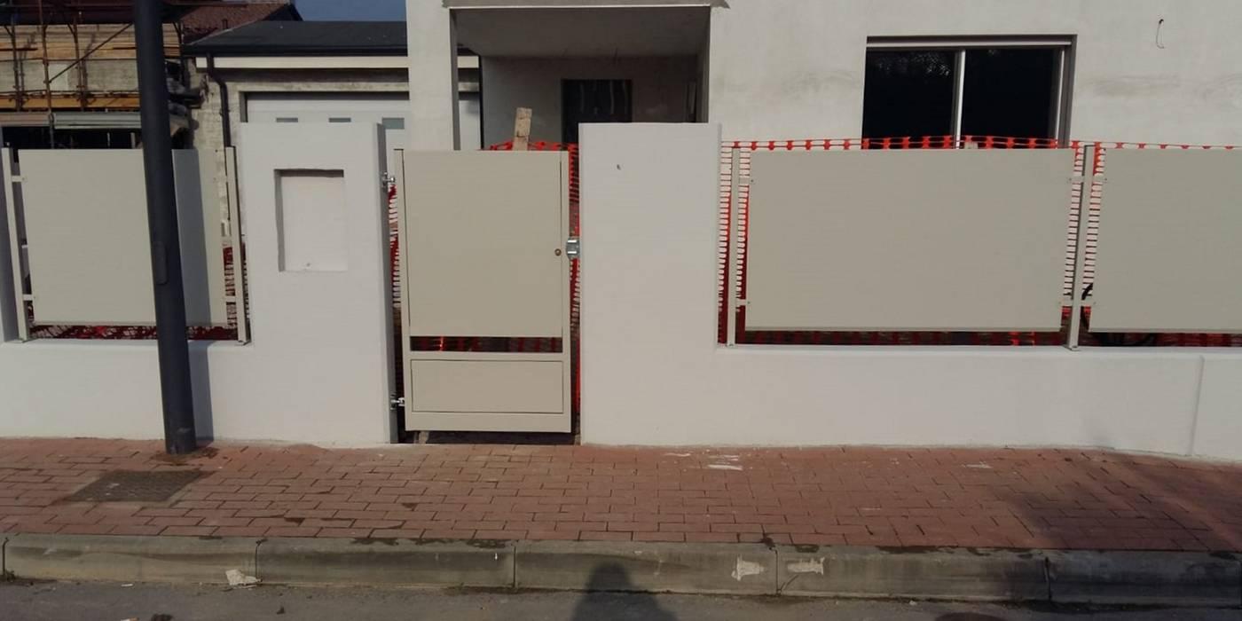 Cancello pedonale Case moderne di SteelMod Moderno Ferro / Acciaio