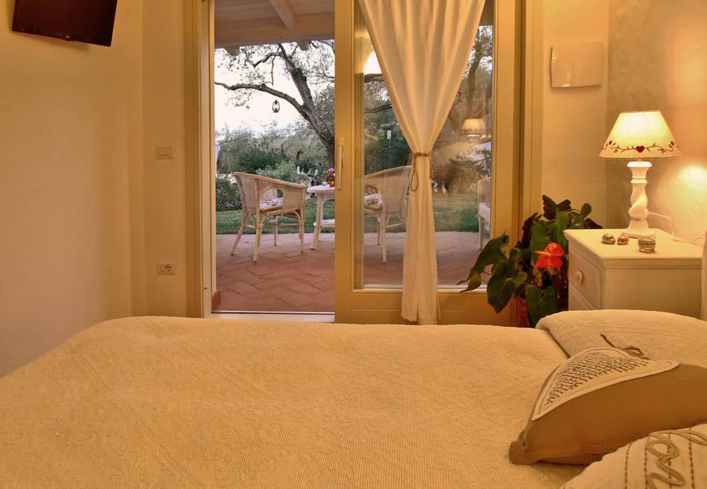 camera da letto Architetto Alessandro spano Camera da letto in stile mediterraneo