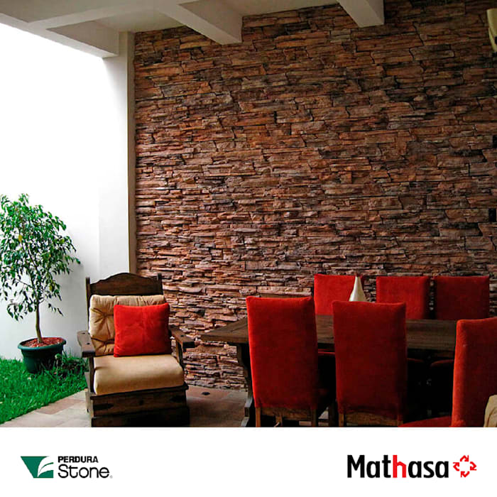 Mathasa Single family home Stone Brown