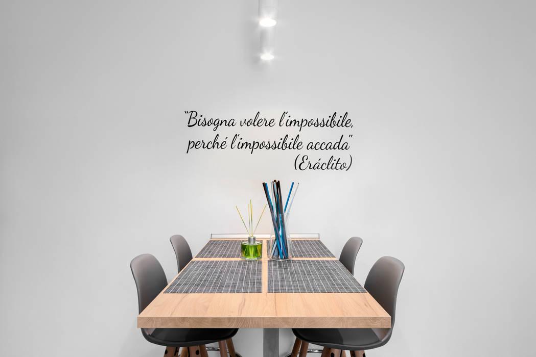 Angolo pranzo Sala da pranzo moderna di antonio felicetti architettura & interior design Moderno