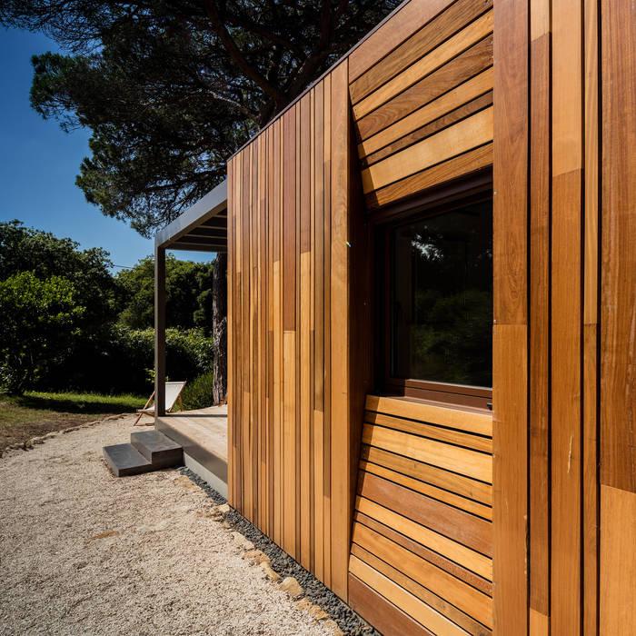 Refugio Pré-Fabricado Madeira por Studio A+1 Rústico Madeira Acabamento em madeira