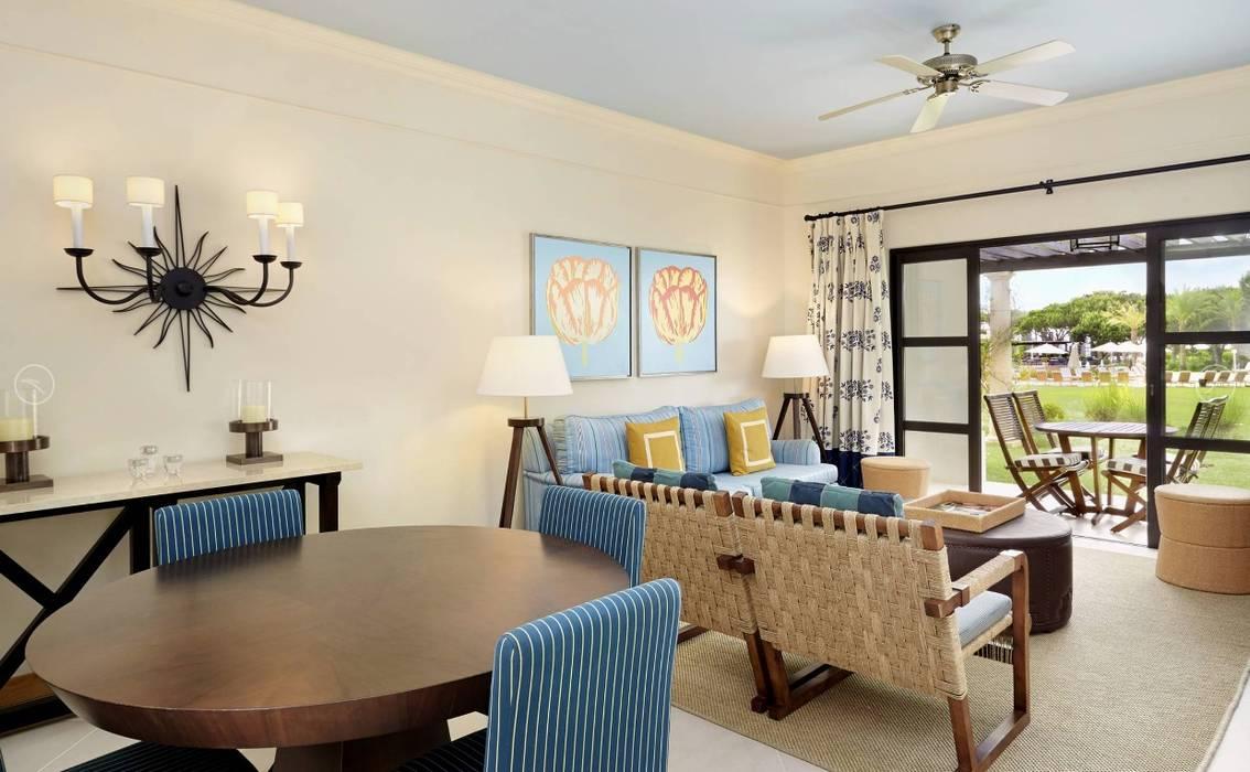 Pine Cliffs Residence Salas de jantar clássicas por Propriété Générale International Real Estate Clássico