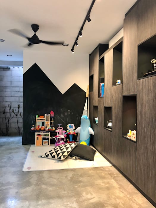 Kids play corner with chalkboard wall paint N O T Architecture Sdn Bhd Girls Bedroom