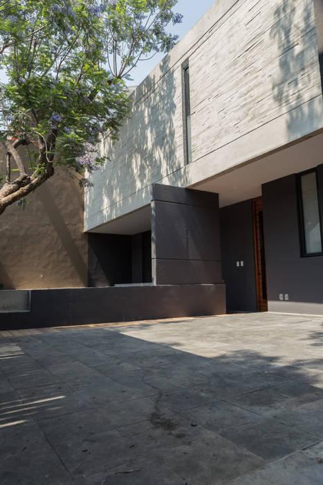 emARTquitectura Arte y Diseño Garasi Modern