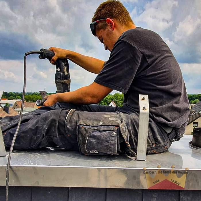 Reparatur Kamin in Kirchlengern von Dachdeckermeisterbetrieb Dirk Lange | Büro Herford Klassisch