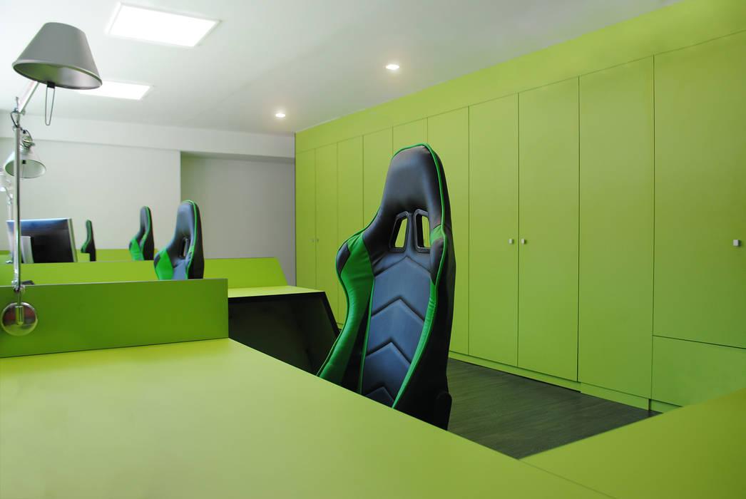 Los materiales de los muebles son sustentables MANUEL TORRES DESIGN Oficinas y tiendas Verde