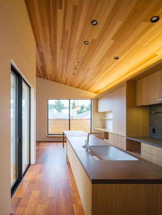 明大前の賃貸併用二世帯住宅 設計事務所アーキプレイス キッチン収納 セラミック 木目調