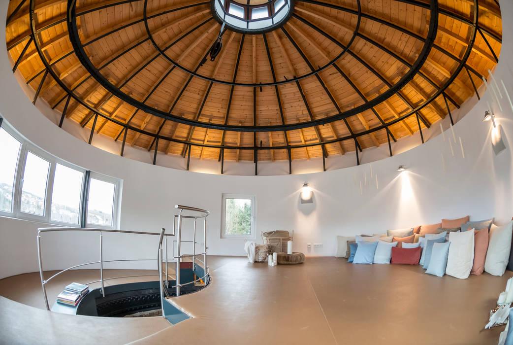 Wohnen im Wasserturm von Cornelia Augustin Home Staging Modern