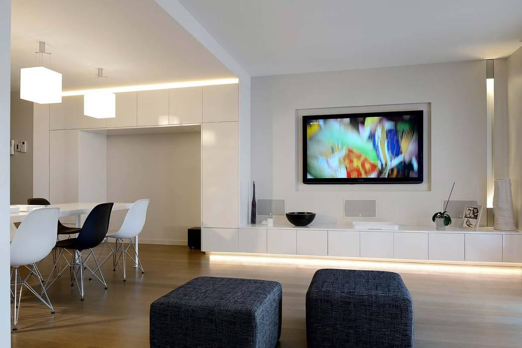Rénovation d'un appartement contemporain Lyon 6e Salon moderne par Volumes Architectures d'Intérieurs Moderne