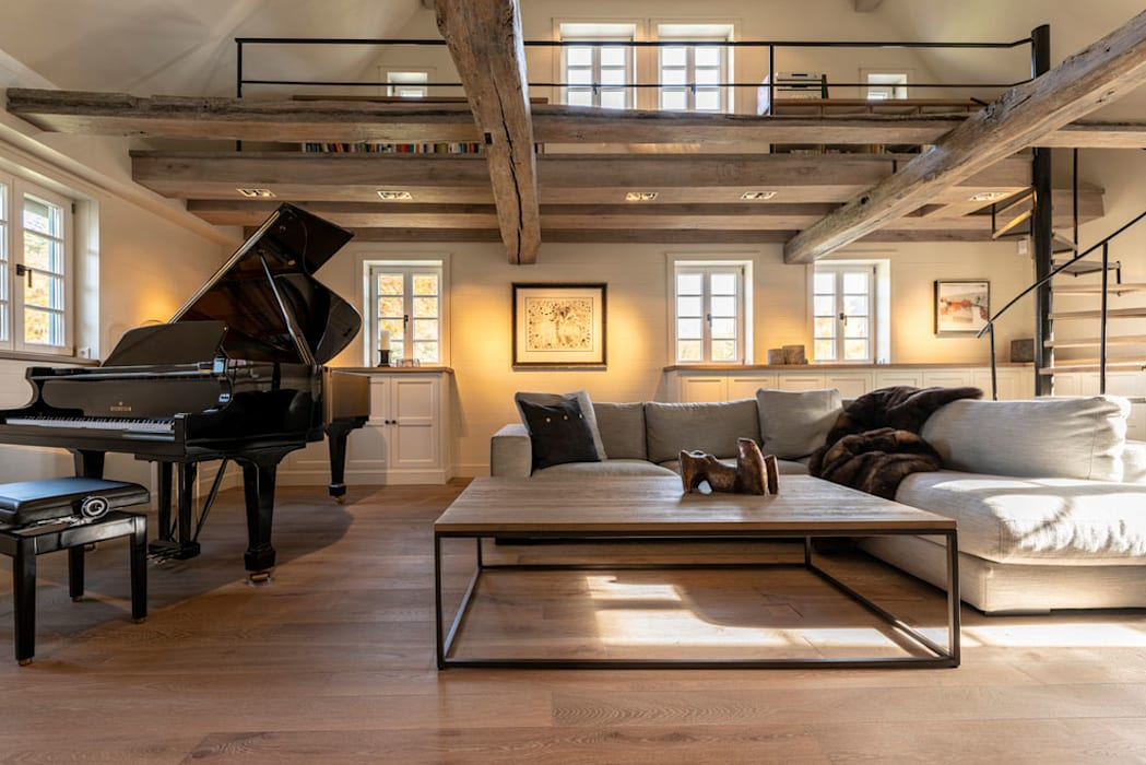 Helma Interior Innenarchitektur Eclectic style living room