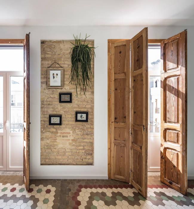 Vivienda en Ruzafa tambori arquitectes Puertas modernas