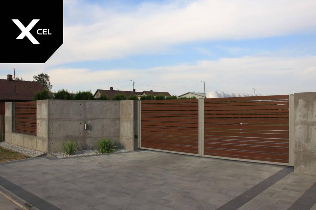 Betonowe ogrodzenie z aluminiową bramą dwuskrzydłową XCEL Fence Podwórko