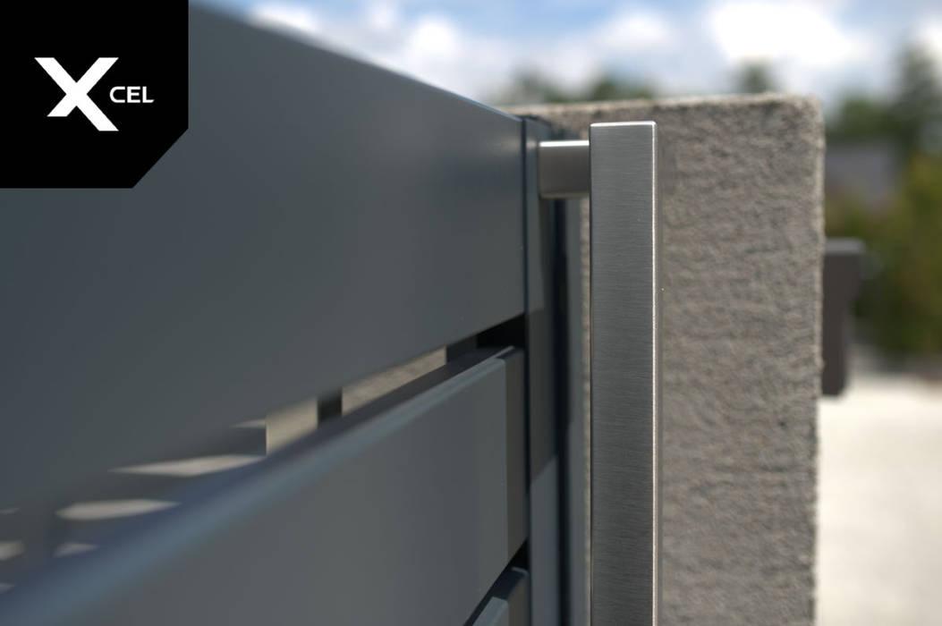 Nowoczesna furtka aluminiowa z minimalistycznym pochwytem ze stali nierdzewnej XCEL Fence Podwórko