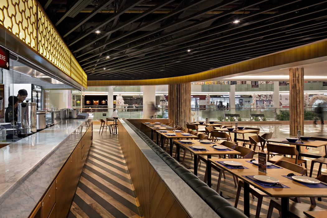 Nippon Ramen Pluit BAMA Ruang Makan Tropis