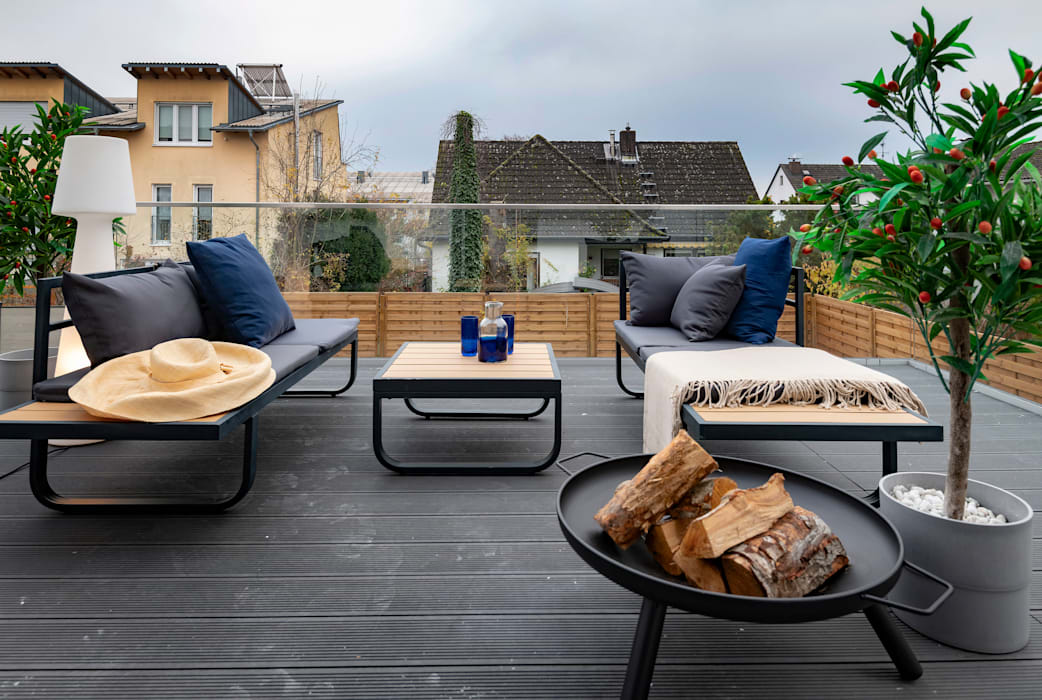 Nordic Simplicity Cornelia Augustin Home Staging Skandinavischer Balkon, Veranda & Terrasse