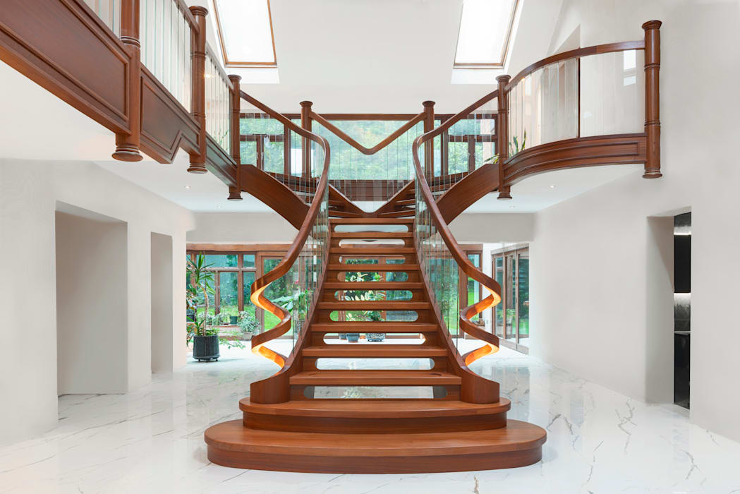 Curved staircase front view Dan Wray Photography Tangga Kayu Wood effect