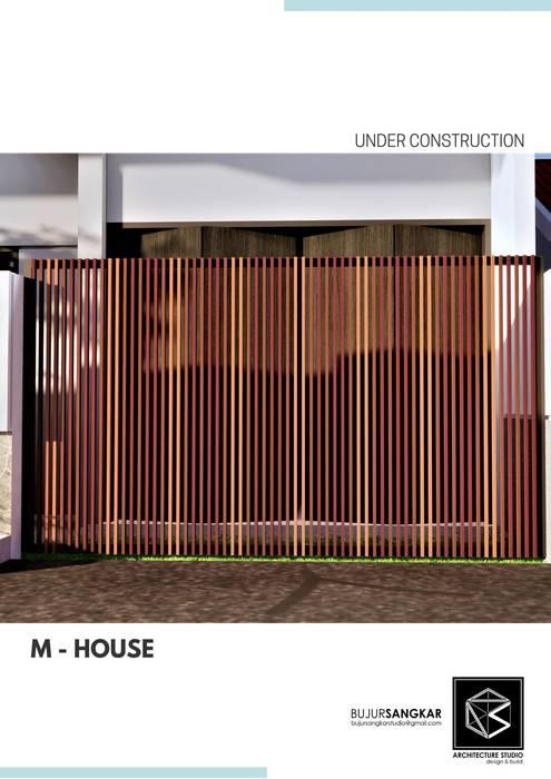 M HOUSE Bujur Sangkar Architect Rumah Gaya Industrial Metallic/Silver