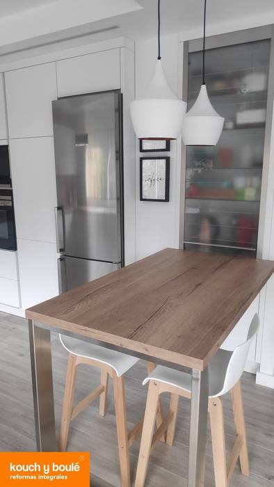 Kouch & Boulé Вбудовані кухні Дерево Білий