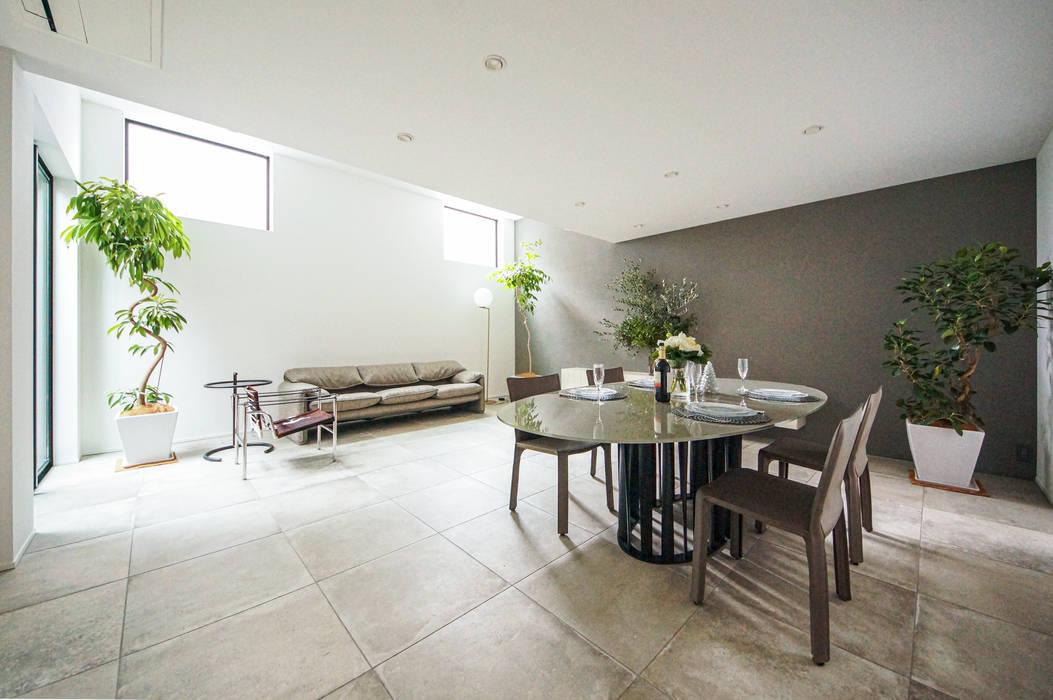 TERAJIMA ARCHITECTS/テラジマアーキテクツ Modern Dining Room Beige