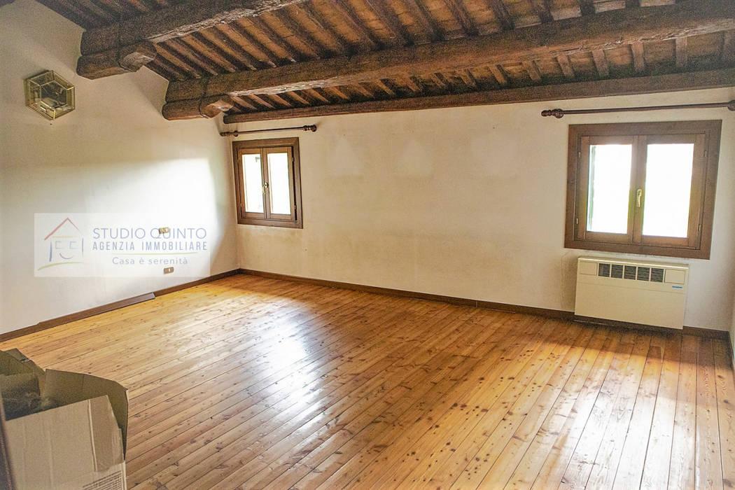 Agenzia Studio Quinto Спальня в колониальном стиле