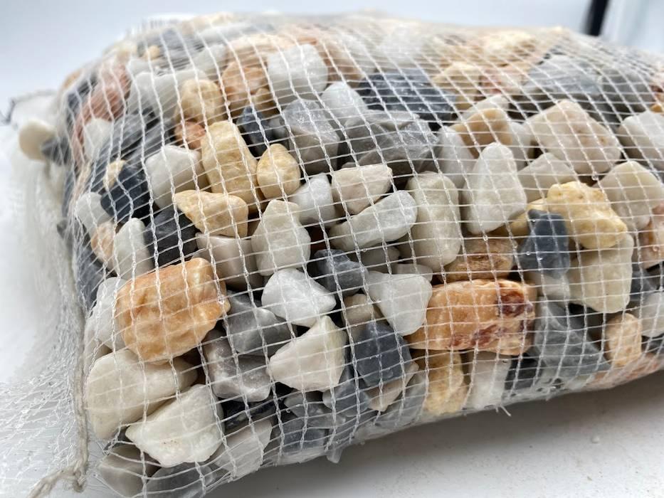 Detail of 20 kg white mesh MIXCOLOR Hawaii gravel 12-20 mm Canteras el Cerro Garden Accessories & decoration Stone Multicolored