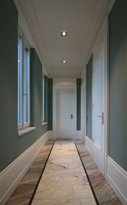 Den Himmel im Haus - Residenz mit zentralem Lichthof CG VOGEL ARCHITEKTEN Klassischer Flur, Diele & Treppenhaus