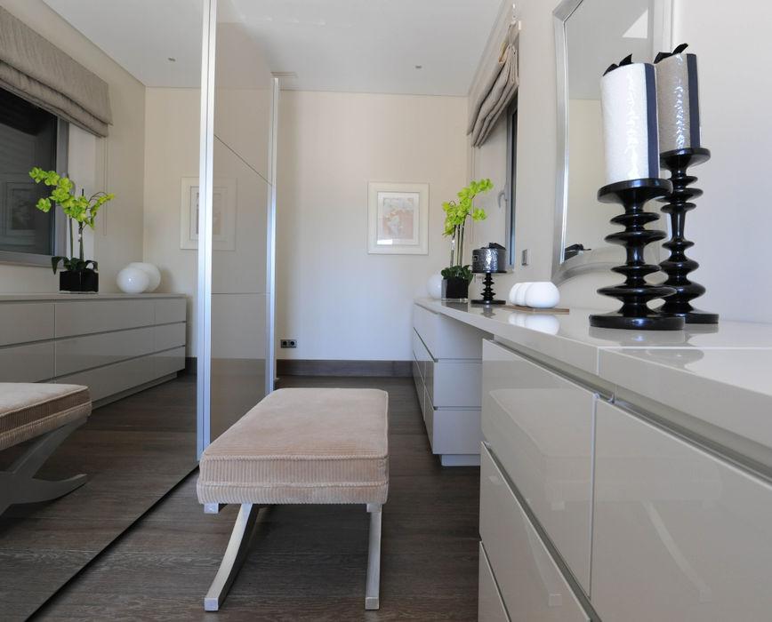 Quinta do Lago Cheryl Tarbuck Design Modern dressing room