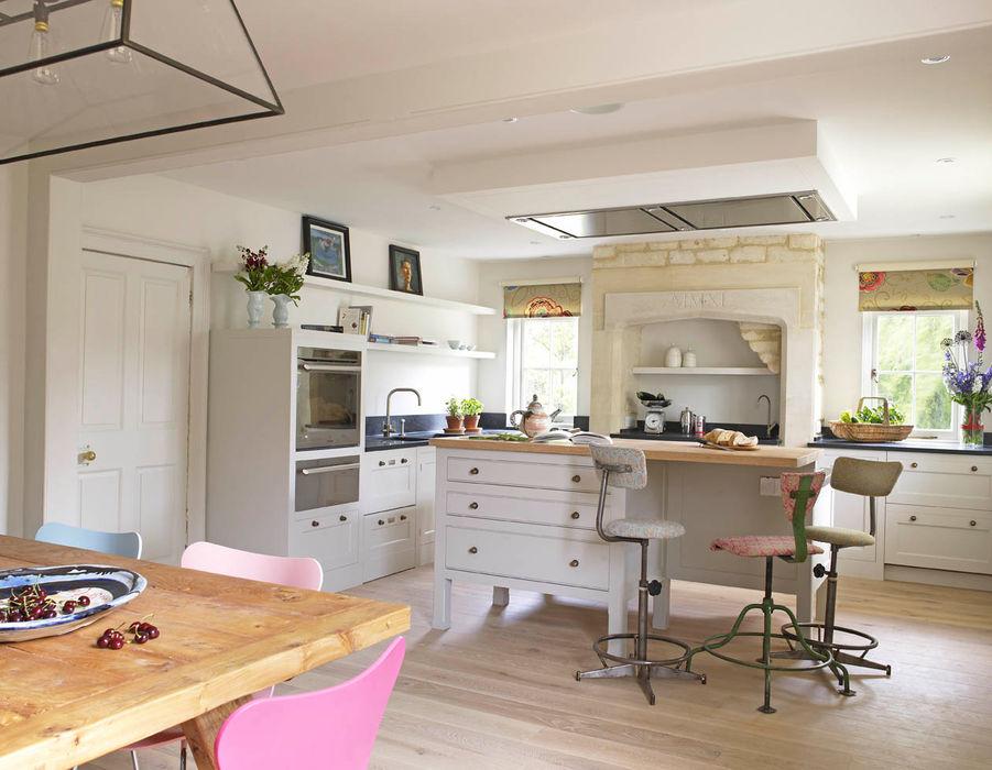Kitchen design, The Wilderness, Wiltshire, Concept Interior Concept Interior Design & Decoration Ltd Classic style kitchen