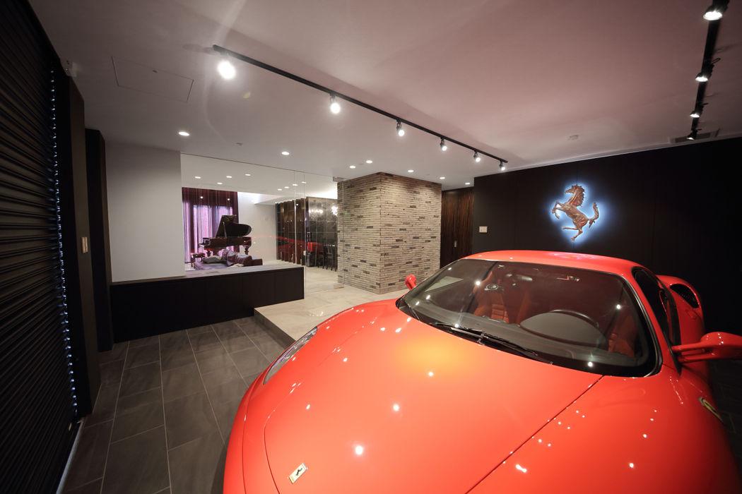 S邸ガレージハウス 一級建築士事務所・スタジオインデックス モダンデザインの ガレージ・物置