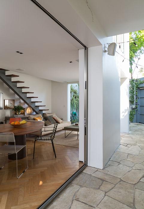 Residencia da Esquina SALA2 arquitetura e design Salas de jantar tropicais