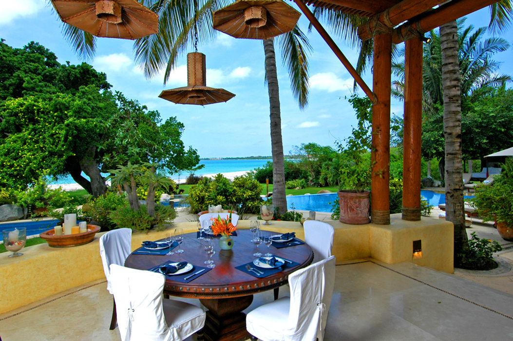 Casa Amore BR ARQUITECTOS Balcones y terrazas tropicales