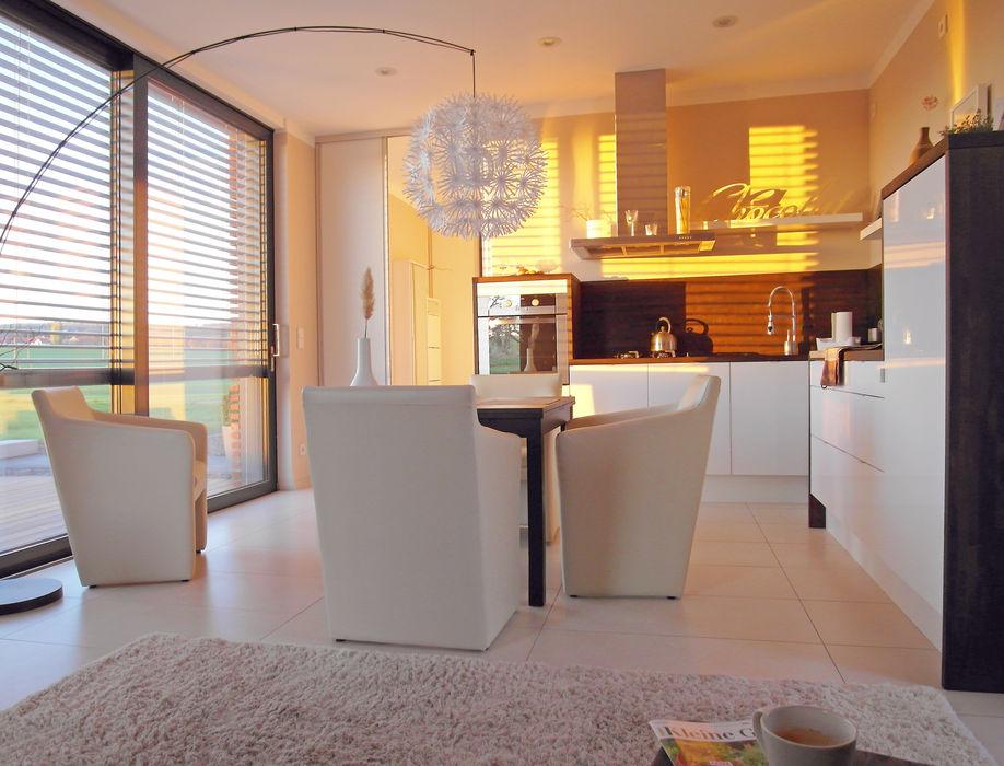Musterhaus freelance smartshack Moderne Esszimmer
