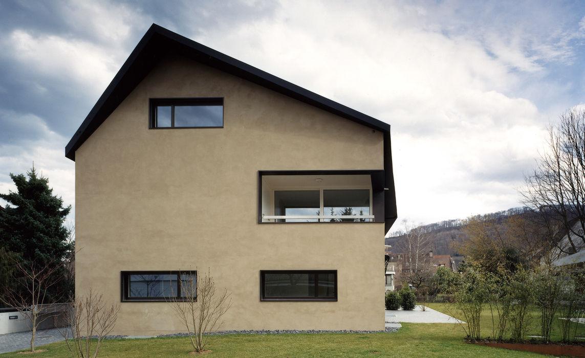 Mehrfamilienhaus Wiesengrundstrasse weberbuess Architekten SIA Klassische Häuser