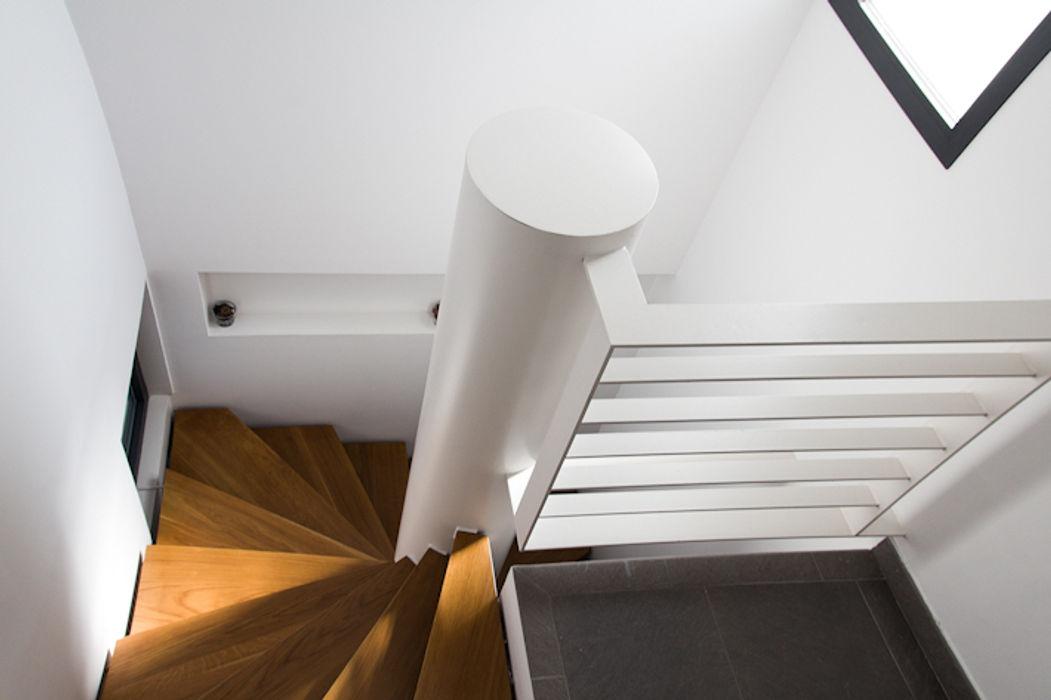 Dogares Modern Corridor, Hallway and Staircase