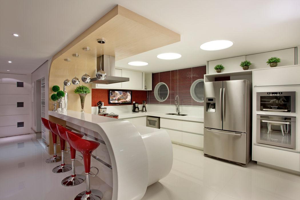 Designer de Interiores e Paisagista Iara Kílaris آشپزخانه