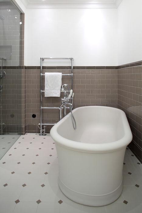 Słoneczny Mokotów RS Studio Projektowe Roland Stańczyk Klasyczna łazienka