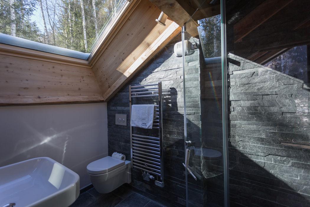 Dag Chamonix Chevallier Architectes Salle de bain moderne