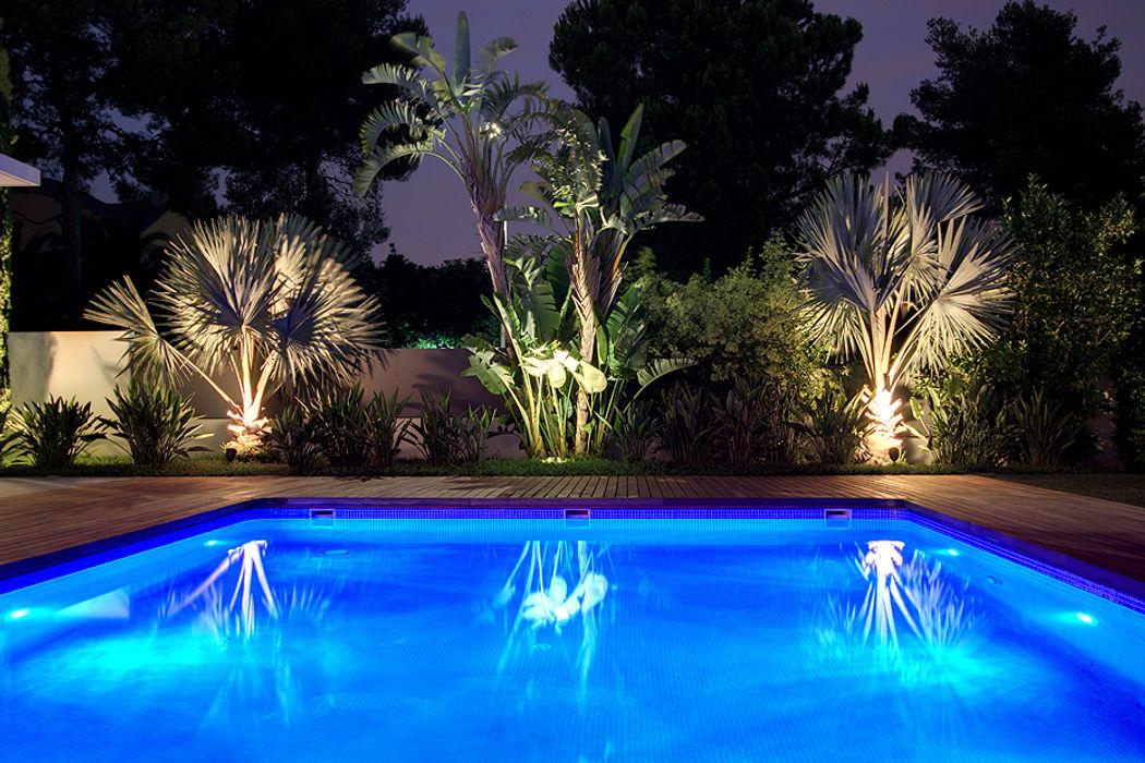 ARQ187 Estudio de paisajismo 2R PAISAJE Piscinas de estilo tropical