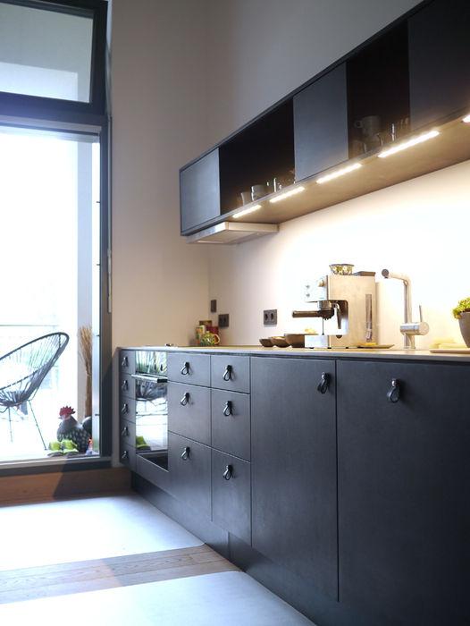 van risk Minimalist kitchen