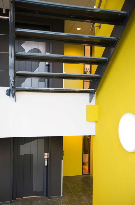 Trappenhuis ontwerpplek, interieurarchitectuur Moderne kantoorgebouwen