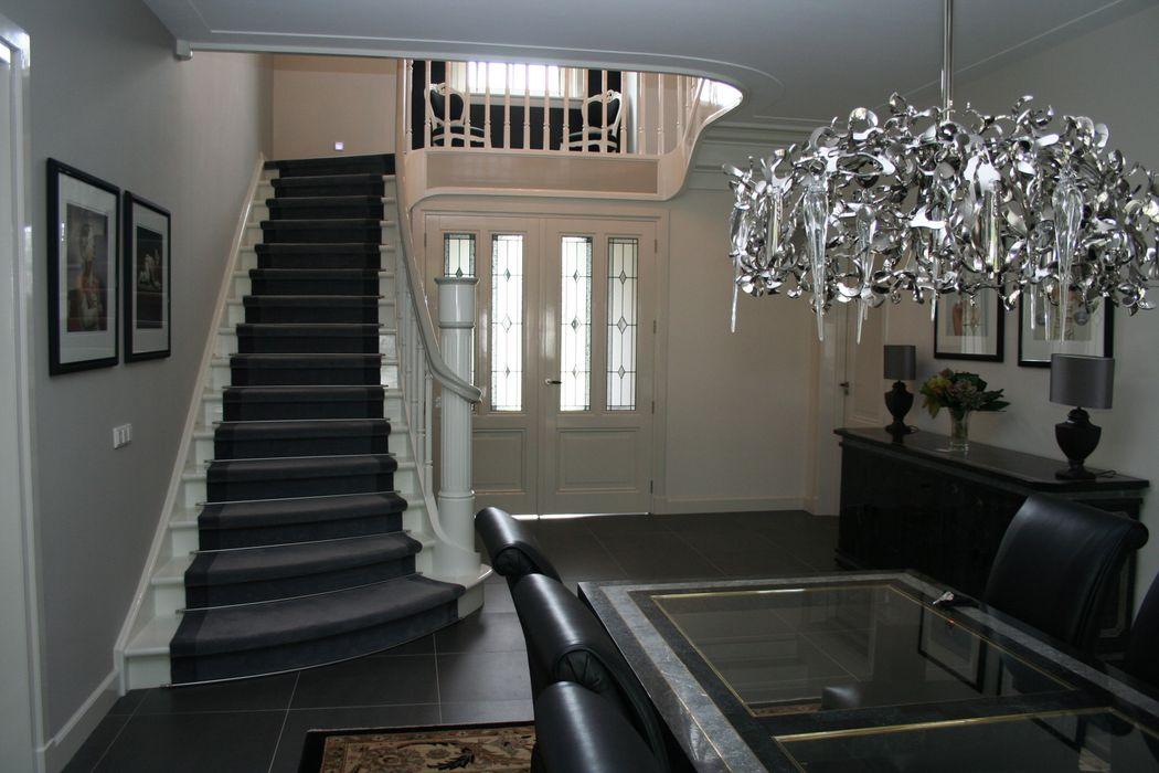 Allstairs Trappenshowroom Vestíbulos, pasillos y escalerasEscaleras