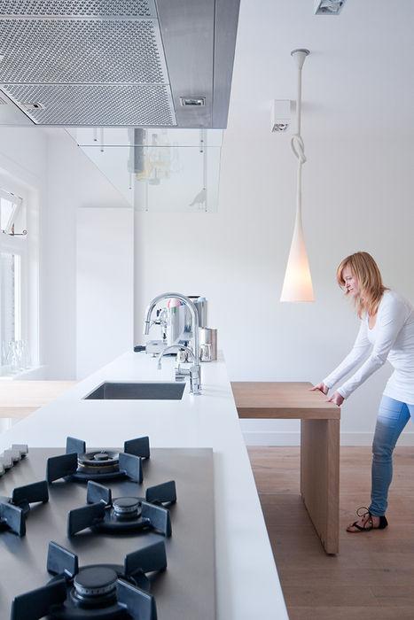 Woonhuis Utrecht ontwerpplek, interieurarchitectuur Moderne keukens