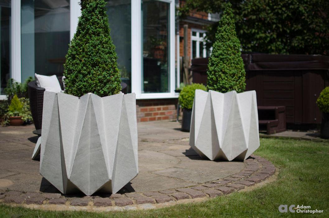 Kronen 65 Flower Pot in Warm Grey Concrete Adam Christopher Design Garden Plant pots & vases Concrete Grey